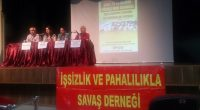 15-16 Haziran1970 yılında gerçekleşen şanlı işçi direnişinin 46. Yıldönümünde İşsizlik ve Pahalılıkla Savaş Derneği İzmir Şubesi Karşıyaka Belediyesi Çarşı Kültür Merkezi'nde bir panel düzenledi. 15 Haziran Çarşamba günü gerçekleştirilen ve […]