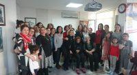 HKP İzmir İl Örgütü'nde 12 Ocak Pazar günü Kurtuluş Partili Kadınlar coşkulu bir etkinlik düzenledi. Coşku, mücadeleye ve birlikteliğe olan inançtan kaynaklanıyordu. Aynı zamanda görevli olan her yaştan kadının heyecanı […]