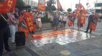 SİVAS KATLİAMI İZMİR KARŞIYAKA'DA LANETLENDİ. 2 Temmuz Sivas Katliamının 27. Yıldönümünde HKP İzmir İl Örgütü olarak Sivas'ta diri diri yakılarak katledilen 33 canımızı andık. Karşıyaka Çarşı girişi İş Bankası önünde […]