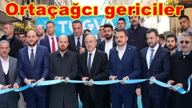 """Gazeteci Metin Cihan'ın açıkladığı belgelerle ortaya çıkan, TÜGVA yoluyla yapılan """"nüfuz ticareti"""" ve """"görevi kötüye kullanma"""" suçuna karşı suç duyurusunda bulunduk. Bilindiği üzere kurucuları arasında Bilal Erdoğan'ın bulunduğu TÜGVA adlı […]"""